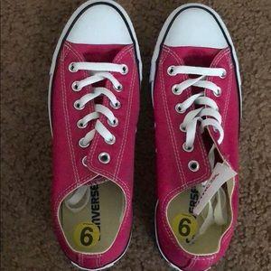 Pretty pink and white converse Sz 9